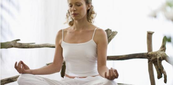 Un cerveau plus jeune grâce à la méditation - 10 février 2015 - Sciencesetavenir